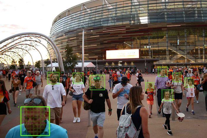 facial recognition crowd