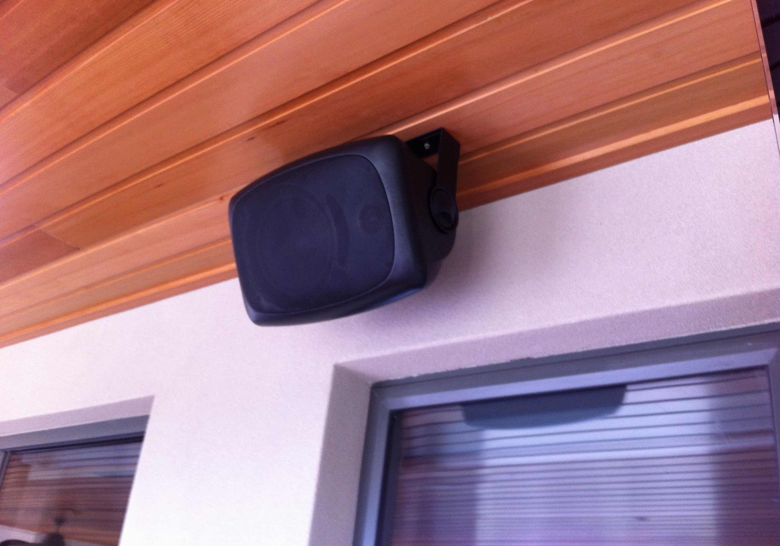 outdoor speakers2